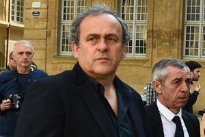 Cựu Chủ tịch UEFA Platini bị bắt vì cáo buộc nhận hối lộ giúp Qatar đăng cai World Cup 2022