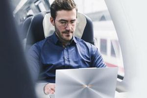ASUS lọt Top 2 bảng xếp hạng thương hiệu laptop tốt nhất 2019