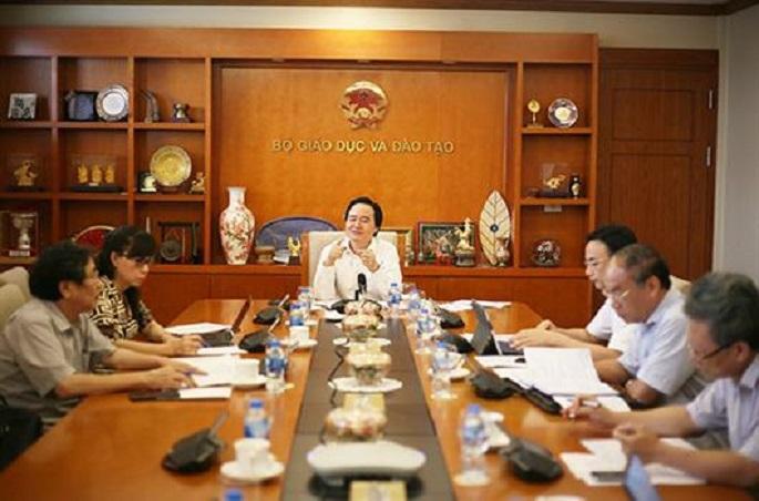 Bộ trưởng Phùng Xuân Nhạ: 'Phải rà soát các cán bộ coi thi và thanh tra tại các điểm thi'