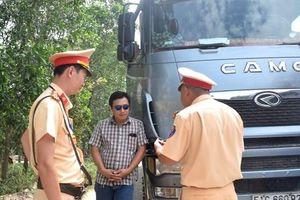 Chở hàng quá tải còn hống hách đe dọa CSGT, tài xế ô tô bị phạt 18 triệu đồng