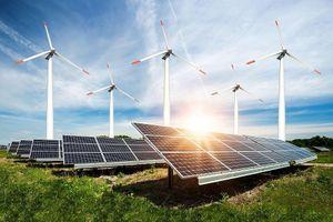 HSBC cho cá nhân vay lắp đặt hệ thống điện năng lượng mặt trời áp mái, lãi suất 11,99%