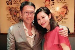 Lý Gia Hân trẻ trung bên chồng tỷ phú trong tiệc sinh nhật 49 tuổi