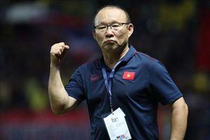 VFF nên trả mức lương hợp lý để giữ chân HLV Park Hang-seo
