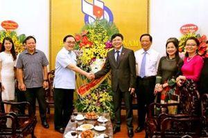 Bí Thư Thành ủy Hà Nội Hoàng Trung Hải tới thăm và chúc mừng Hội Nhà báo Việt Nam