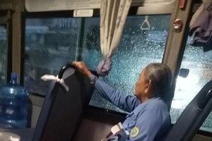Cô tiếp viên xe buýt giúp cụ già ve chai mượn 1 triệu: 'Sài Gòn không yêu sao được'