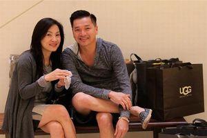 Rộ tin Hồng Đào ly hôn Quang Minh sau 20 năm chung sống