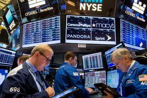 Dow Jones hướng đến tháng 6 tăng điểm mạnh nhất trong 80 năm