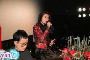 Quang Trung làm rung động khán phòng khi hát live tại buổi ra mắt MV 'Giá như mình đừng yêu nhau'