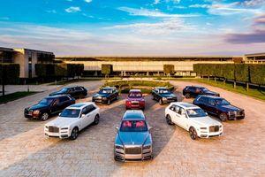 Siêu xe Aston Martin, Lamborghini, Rolls-Royce mất giá kinh hoàng khi mua xe cũ