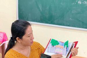 Học sinh Vĩnh Long thiết kế sổ lưu bút đặc biệt tặng cô giáo ngày cuối năm học