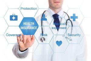 Cạnh tranh kép ở phân khúc bảo hiểm sức khỏe
