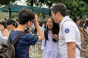 Thí sinh trượt lớp 10 công lập Hà Nội nên chọn trường nào?