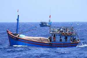 VN lên án tàu Trung Quốc cướp tài sản của ngư dân ở Hoàng Sa