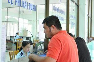 Doanh nghiệp sẽ 'chấm điểm' lực lượng hải quan Hà Nội, TP HCM