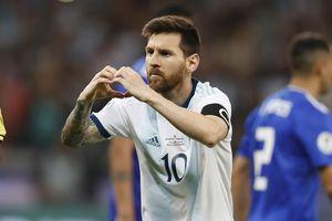 Argentina - Paraguay 1-1: VAR giúp Messi thoát thua