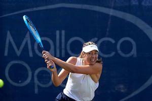 Mallorca Open: Kerber – Sharapova, đại chiến giữa 2 'kiều nữ Wimbledon'