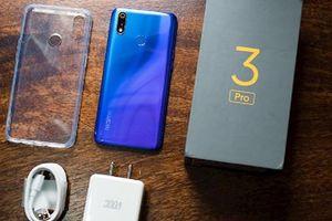 'Soi' điện thoại Realme 3 Pro mới hơn 6 triệu tại Việt Nam