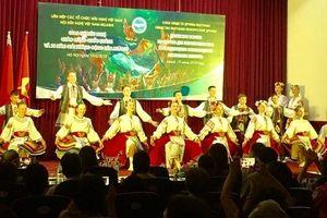 Thiếu nhi Belarus mang vũ điệu của 'Rovesnik' đến Việt Nam