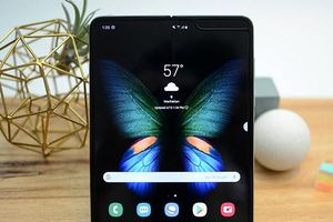 Samsung Galaxy Fold sắp xuất hiện trở lại