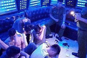 Phát hiện 93 thanh niên tại quán karaoke sử dụng trái phép chất ma túy