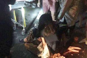 6 người mắc kẹt trong ngôi nhà cháy lúc nửa đêm ở Hà Nội