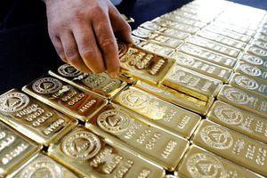 Fed giữ nguyên lãi suất, giá vàng bật tăng mạnh