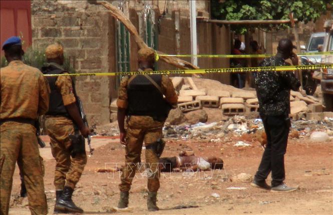 Các phần tử thánh chiến sát hại hàng chục dân thường Burkina Faso