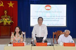 Ông Trần Thanh Mẫn đối thoại với đồng bào Phật giáo Hòa Hảo