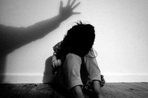 Điều tra vụ bé gái 15 tuổi bị xâm hại tình dục khi đang truyền nước