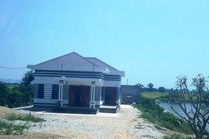 Hà Trung (Thanh Hóa): Nhà 'khủng' mọc trên đất nông nghiệp