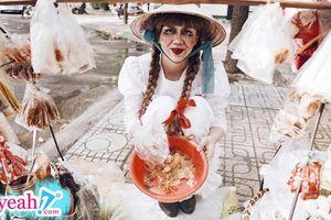 'Annabelle' chuẩn bị khởi chiếu phần 3, Duy Khánh kịp thời 'bắt trend' làm luôn bộ ảnh chị Beo dạo phố phường Sài Gòn