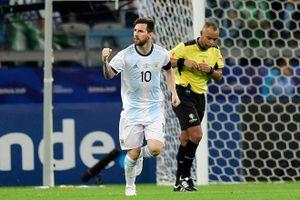 Messi ghi bàn, Argentina vẫn dậm chân tại chỗ