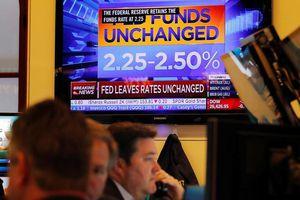 S&P 500 áp sát mốc kỷ lục sau cuộc họp FED