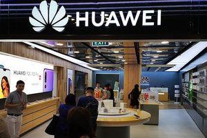 Huawei hoàn tiền 100% cho khách hàng Philippines nếu điện thoại không dùng được Google và Facebook