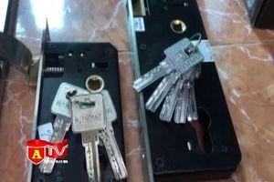 Hà Nội: Thu giữ gần 400 bộ khóa có dấu hiệu giả nhãn hiệu