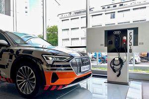 Cận cảnh xe điện Audi e-tron đầu tiên tại Việt Nam