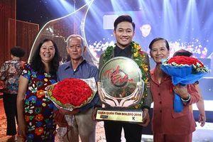 Chàng trai đa tài Quý Bình song hành cùng Quỳnh Hoa dẫn dắt 'Ngôi sao tiếng hát Đại dương'