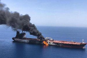 Sau sự cố tàu chở dầu, Ấn Độ triển khai 2 tàu hải quân đến Vịnh Oman