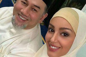 Hoa hậu Nga kể về cuộc gặp định mệnh với nhà vua Malaysia