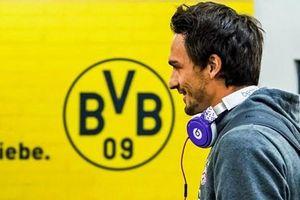 Để Hummels ra đi, Bayern Munich đang tự làm suy yếu mình?