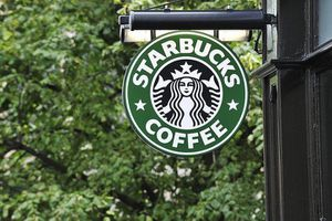 Bạn sẽ có 13.000 USD nếu đầu tư vào Starbucks 1.000 USD từ 10 năm về trước