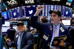 Kỳ vọng lãi suất đưa S&P 500 lập kỷ lục mới