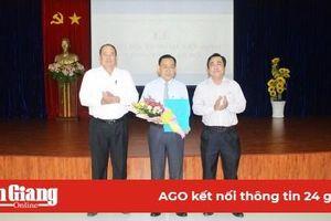 Bổ nhiệm đồng chí Châu Văn Ly giữ chức vụ Giám đốc Sở Lao động- Thương binh và Xã hội tỉnh