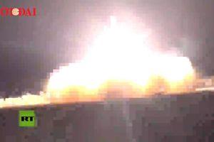 Iran tung clip phóng tên lửa bắn nổ tung máy bay Mỹ
