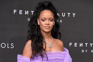 Biểu tượng sắc đẹp Rihanna - doanh nhân nữ nhập cư thành công ở Mỹ