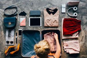 Mẹo xếp hành lý nhanh gọn như tiếp viên hàng không