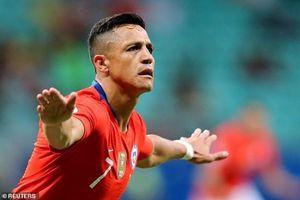 Đá hay ở Copa America, Sanchez 'xát muối' vào lòng CĐV Man United