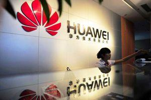 FedEx từ chối vận chuyển Huawei P30 từ châu Âu sang Mỹ