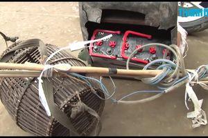 Nam sinh kích điện bắt cá bị điện giật tử vong
