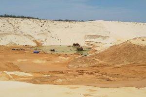 Một người mất tích, 4 người bị thương tại mỏ khai thác titan Quảng Bình